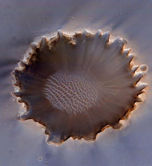 HiRISE-VictoriaCrater